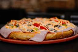 Pizza entera de champiñón