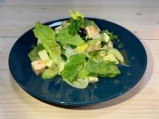 Салат із селерою, куркою та сиром (200г)
