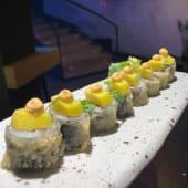 Maguro mango ake maki (8 uds.)