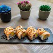 Flameado salmón Roll (8 Pzs.)