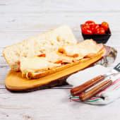 Bocadillo De Lomo Frito Con Queso