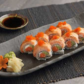 Crazy Salmon Roll (8 Pcs.)