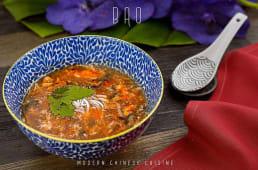 Гостро-кислий суп з куркою у шанхайському стилі (450г)
