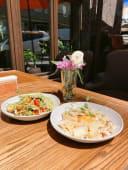 Паста Карбонара + салат Свіжий -аромантий