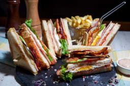 Meniu club sandwich power