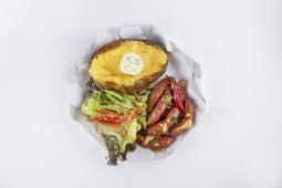 Картопля з ковбасками