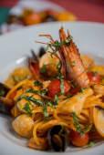 Spagheti Chittara cu Fructe de mare