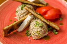 Salata de vinete cu rosii si telemea