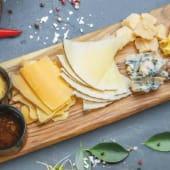 Плато сирів (280г)