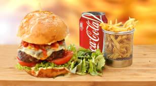 Burger vita + cartofi prajiti + Cola