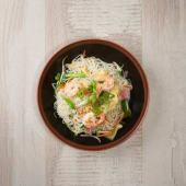 Fideos de arroz salteado al wok