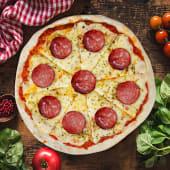 Pizza calabresa (pequeña)