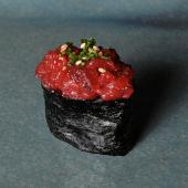 Sushi de tartar picante
