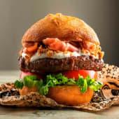 Hamburguesa Premium Montañesa + Patatas Caseras