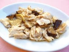 Pollo con Bambù e Funghi