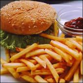 Бургер зі свининою та картоплею (250/150/30г)