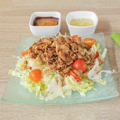 Grill wok pileća salata