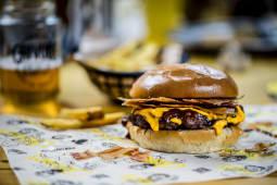 La Cheeseburger