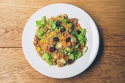 Quinoa salata