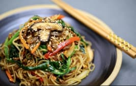 Stir-Fried Glass Noodles with Beef and Vegetables