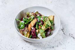Салат із запеченим буряком і брокколі (240г)