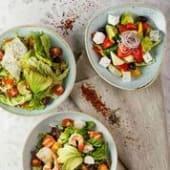 Салат зі свіжих і печених овочів з козячим сиром (280г)