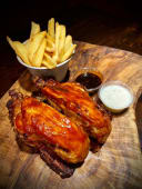 BBQ ROAST CHICKEN con patate fritte