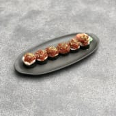 40). Spicy tuna, mango futomaki (6 uds.)
