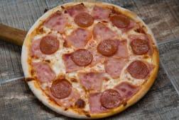 Pizza Prosciuto salami