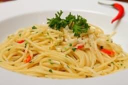 """Спагетти """"Алио и Олио"""""""