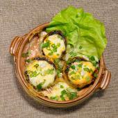 Ciuperci umplute cu branza Feta