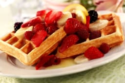 Belgian Waffle with Seasonal Fruits and Topping