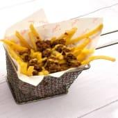 Cheese Fries with Minced Beef بطاطس مقلية بالجبنة واللحم المفروم