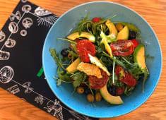 Салат з в'яленими томатами (250г)