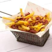 Cheese Fries with Pastrami بطاطس مقلية بالجبنة والبسطرمة