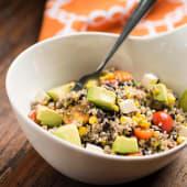 Ensalada de quinoa mexicana