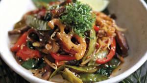Теплий салат з телятиною (300г)