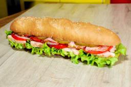 Сендвіч з куркою та беконом