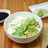 Chirashi salad palta, pepino y Philadelphia