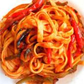 Паста фетучіні Saro Vegetarian Napolitano (300г)