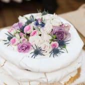 Tort de Bezea Decorat cu Flori