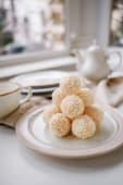 Bomboane cu crema de cocos bio