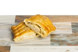Corte de pollo y queso brie