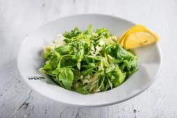 Salata verde asortata cu lamaie