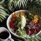 Бранч-боул зі свіжим тунцем, авокадо, морквою (300г)