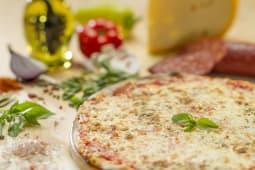 Pizza Quattro Formaggi Ø 23cm