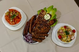 LIBRINO mešano meso 1 kg + gratis 2 salate po izboru