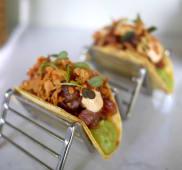 Tacos de tartar de atún con guacamole  (2 uds)