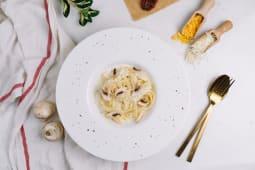 Pasta with Cream and Mushroom