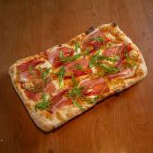 Pršuto flaltbread pizza